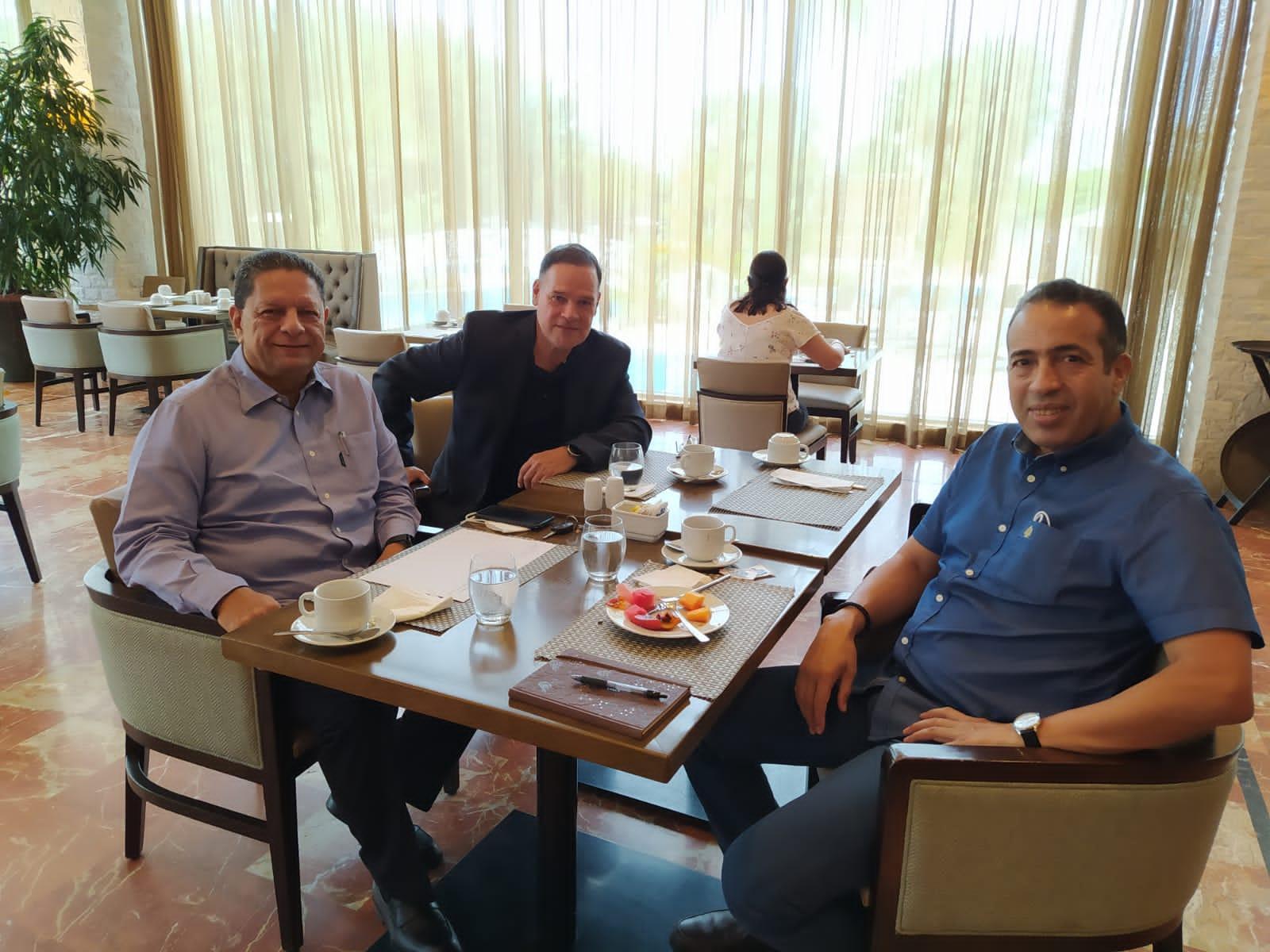السفير الصحراوي ببنما يلتقي قيادة الحزب الديمقراطي الثوري