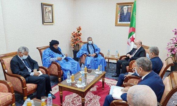 وزارة الشؤون الدينية والأوقاف ستكون أئمة من الصحراء الغربية