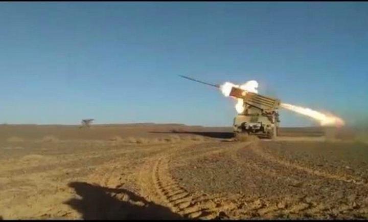 وحدات الجيش الصحراوي تقصف مقر قيادة الفيلق 43 لجيش الاحتلال المغربي بقطاع المحبس وعدة مناطق على طول جدار العار