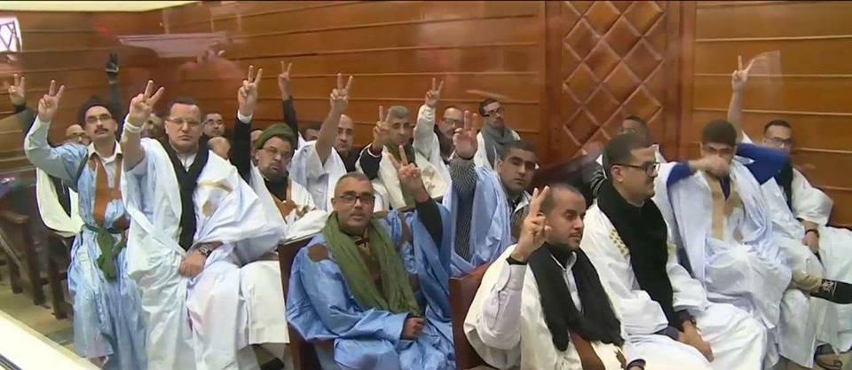 """الاحتلال المغربي يحرم أسيرين مدنيين صحراويان ضمن مجموعة """"أكديم إزيك"""" من حقهما في العلاج"""
