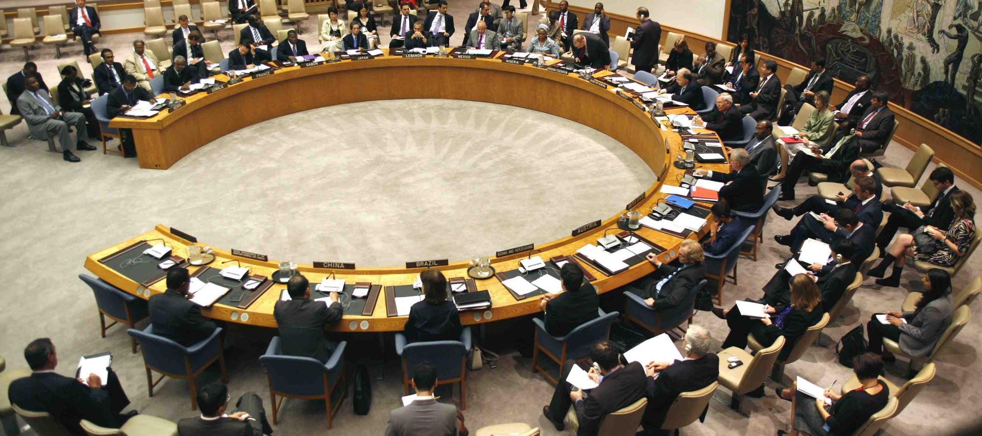 مجلس الأمن يعقد أول اجتماع له حول الصحراء الغربية منذ تعيين دي مستورا
