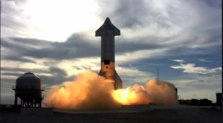 SpaceX : un prototype de la fusée Starship explose au sol après un atterrissage réussi