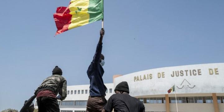 [Tribune] Cinq mesures pour sortir de la crise au Sénégal