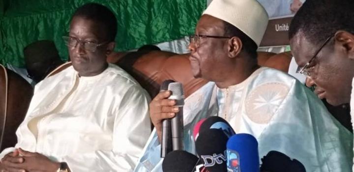 Parcelles Assainies: Mbaye Ndiaye fait la paix avec Amadou Ba et lui suggère de ne pas déclarer sa candidature