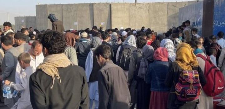 Afghanistan : Les Occidentaux appellent à quitter l'aéroport en raison de