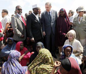 أردوغان في الصومال 2011  (رويترز)