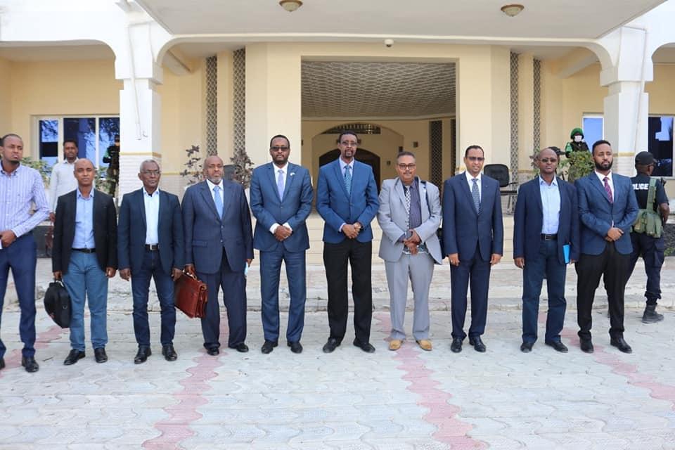 وزير الدولة بوزارة الخارجية يستقبل لجنة تقصي الحقائق بشان الحدود الصومالية الكينية