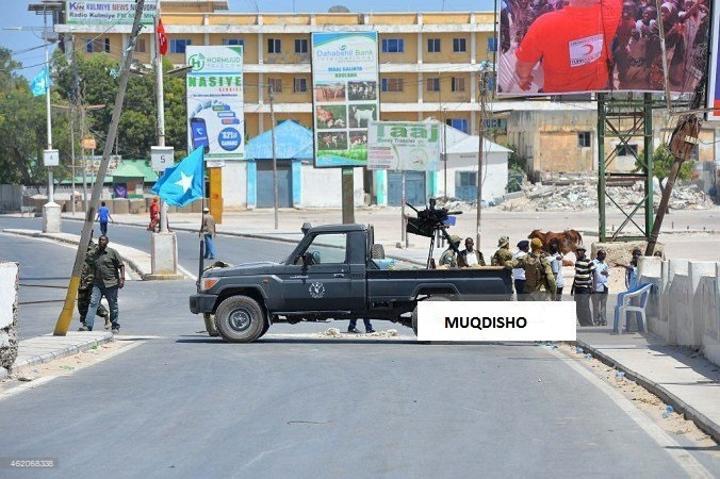 قوات الأمن تغلق بعض طرق العاصمة مقديشو