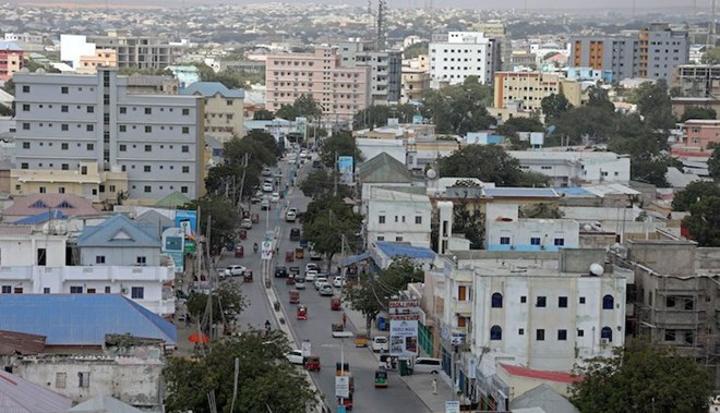 قتال بين الشرطة الصومالية وعناصر من حركة الشباب في مقديشو