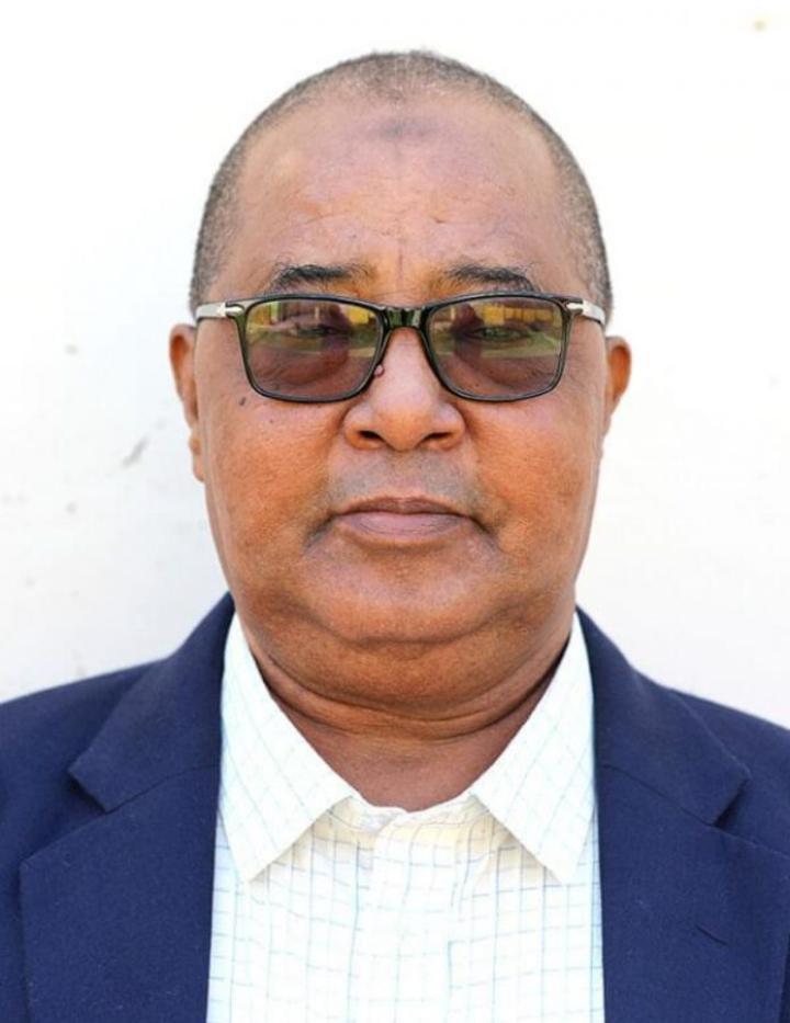 رئيس الجمهورية يقدم تعازيه في وفاة رئيس لجنة تسوية النزاعات الانتخابية