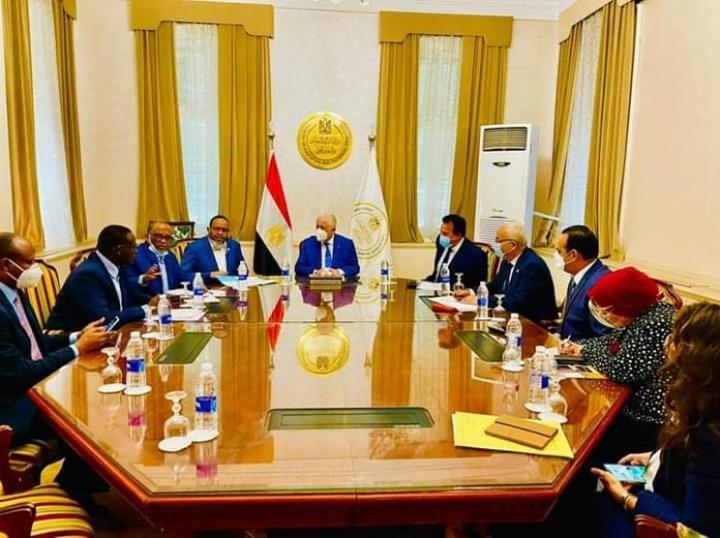 زيادة المنح الدراسية المصرية لطلاب الصومال إلى 450 بدلا من 200