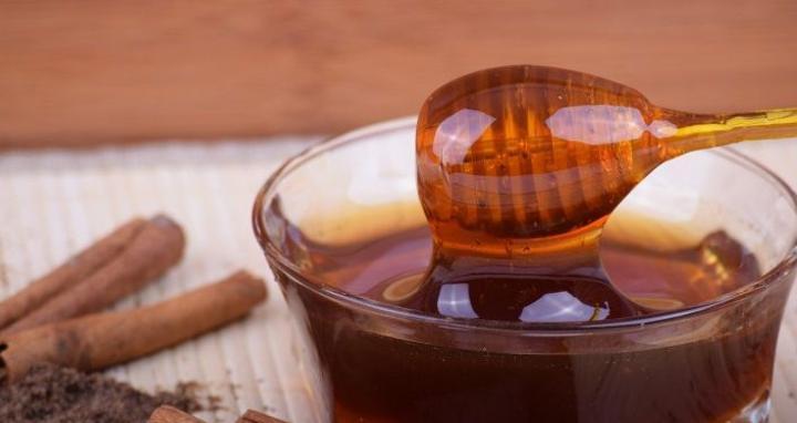 9 فوائد صحية مذهلة للعسل يجب أن تعرفها