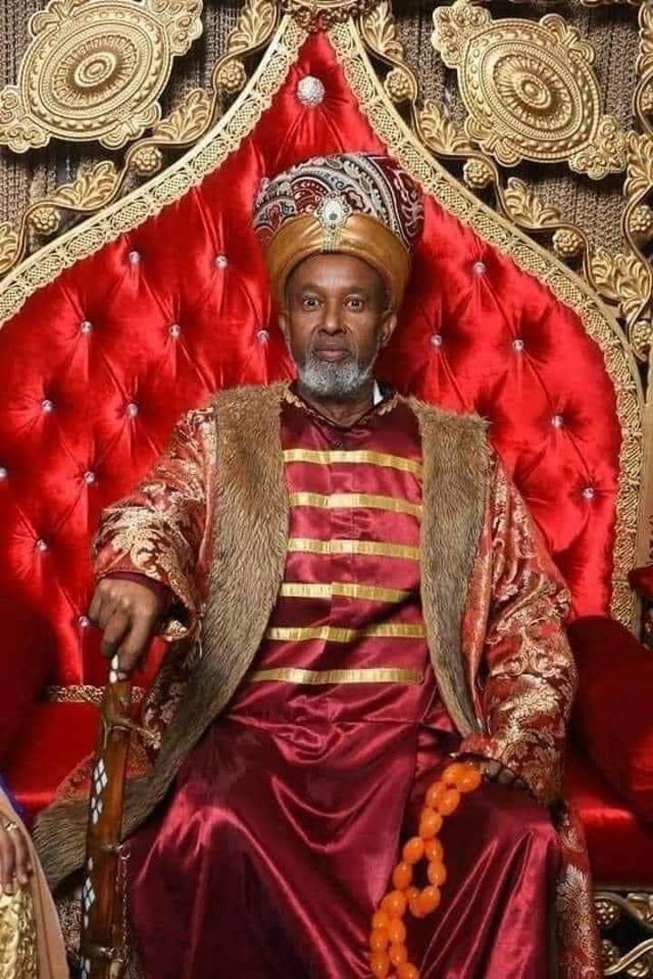 رئيس الجمهورية يعزي في وفاة سلطان عمر سلطان محمد