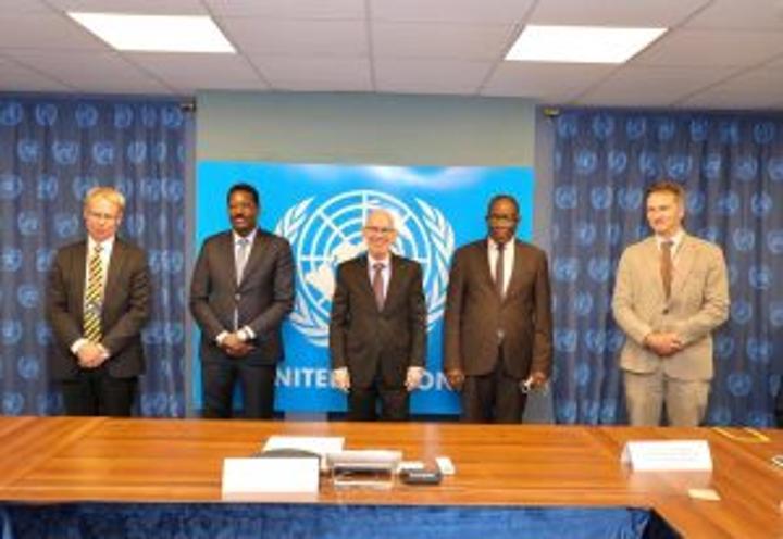 رئيس ولاية غلمدغ يجتمع مع سفراء المجتمع الدولي