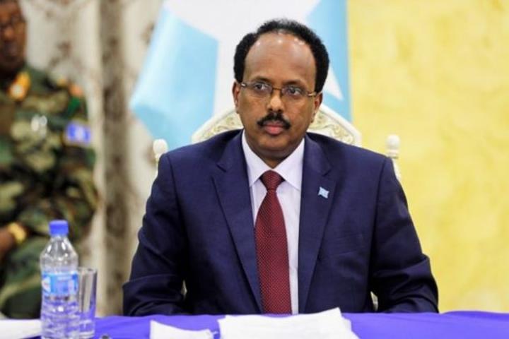 رئيس الجمهورية يعزي في وفاة السياسي المخضرم حسن حاجي محمود