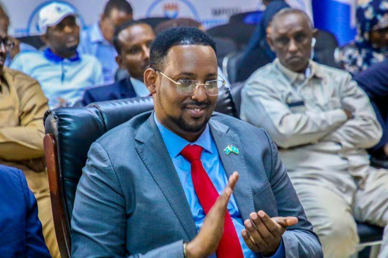 أنباء عن اقتراب التوصل إلي اتفاق بشأن اختيار ممثلي أرض الصومال في البرلمان القادم