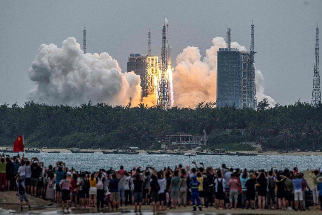 """ما ترغب في معرفته عن """"صاروخ الصين- لونغ مارش 5 بي"""""""