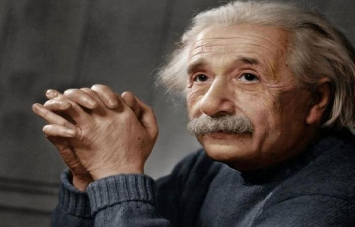 رسالة أينشتاين تباع بمبلغ خيالي