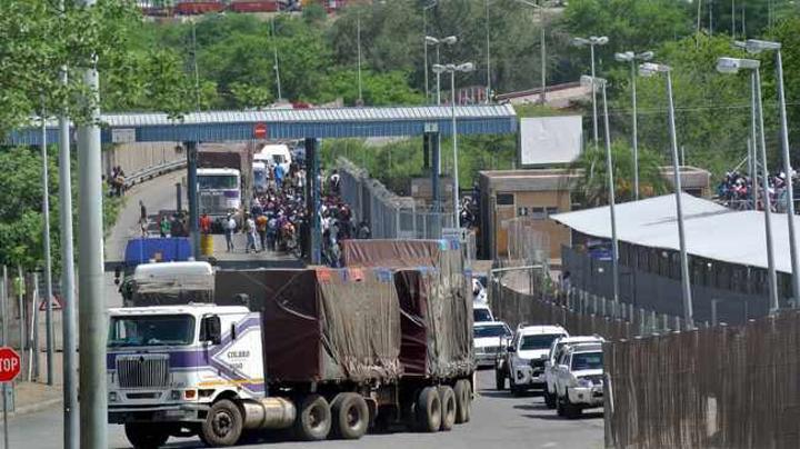 Covid-19 tests cause big delays at border posts
