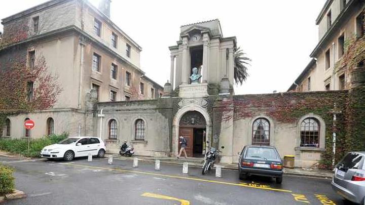 UCT SRC wants Smuts Hall residence to be renamed to a more 'suitable name'