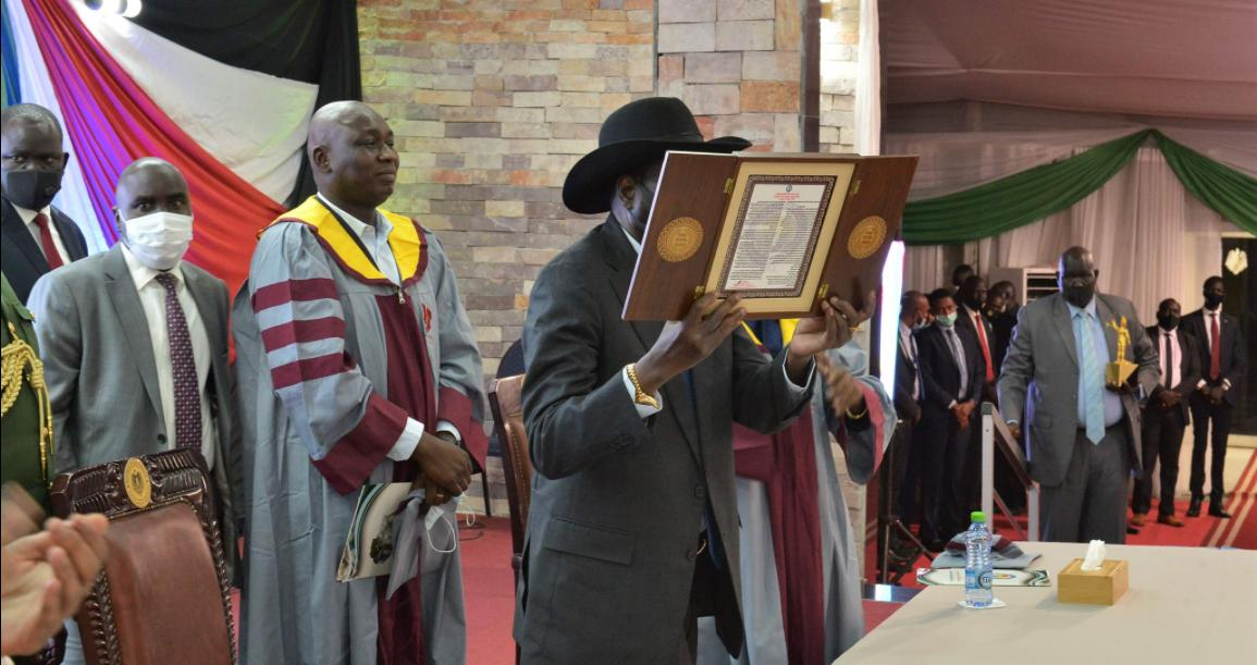 South Sudan President receives African Peace Award 2021