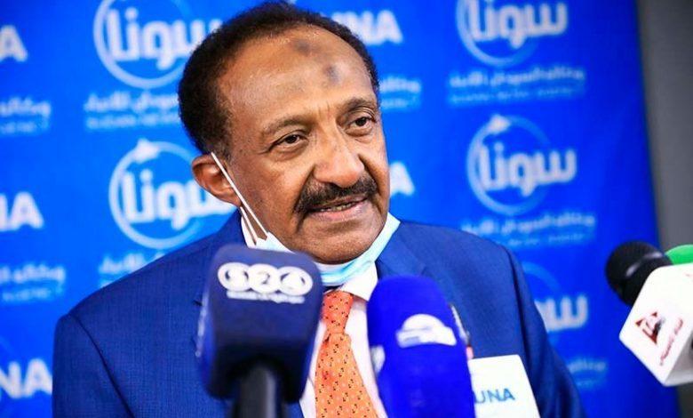 ناظر اوقاف مدارس الشيخ مصطفى يوجه انتقادات لاذعة لقرارات وزارة التربية