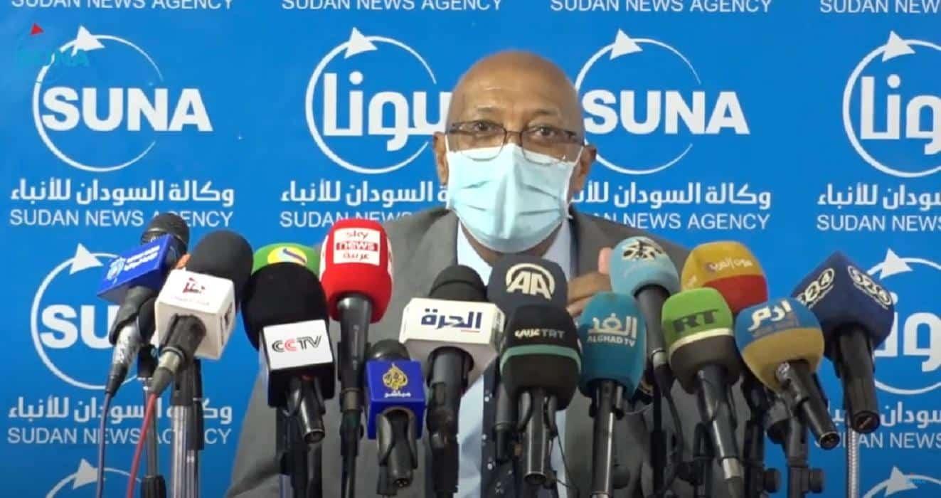وزير الصحة الاتحادي يعلن عن 300 وظيفة طبيب