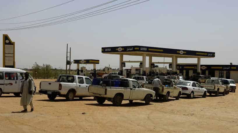 """تحذيرات من """"ثورة جياع"""".. السودان في مواجهة """"سلاح ذي حدين"""""""