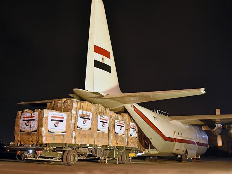 تنفيذًا لتوجيهات السيسي.. مصر ترسل مساعدات عاجلة عبر جسر جوي للسودان