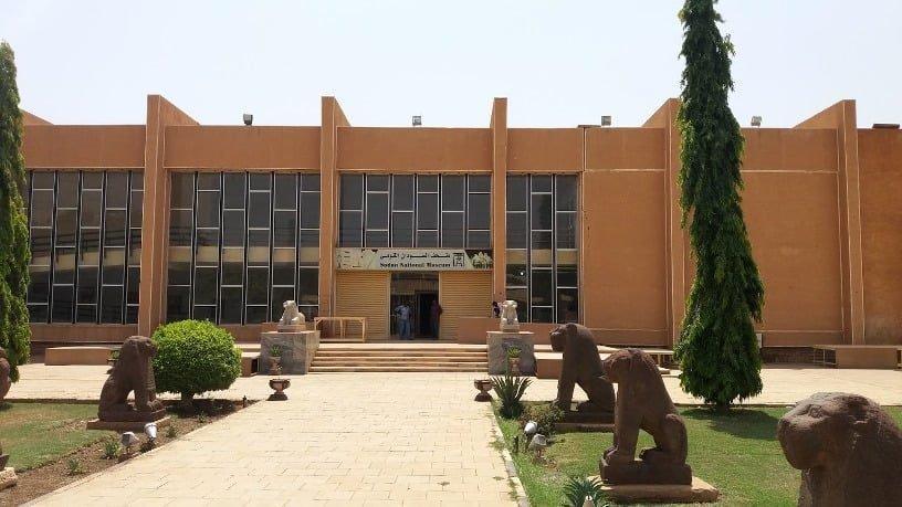 وزير الثقافة يؤكد دعم الحكومة لمشروع إعادة تأهيل المتحف القومي
