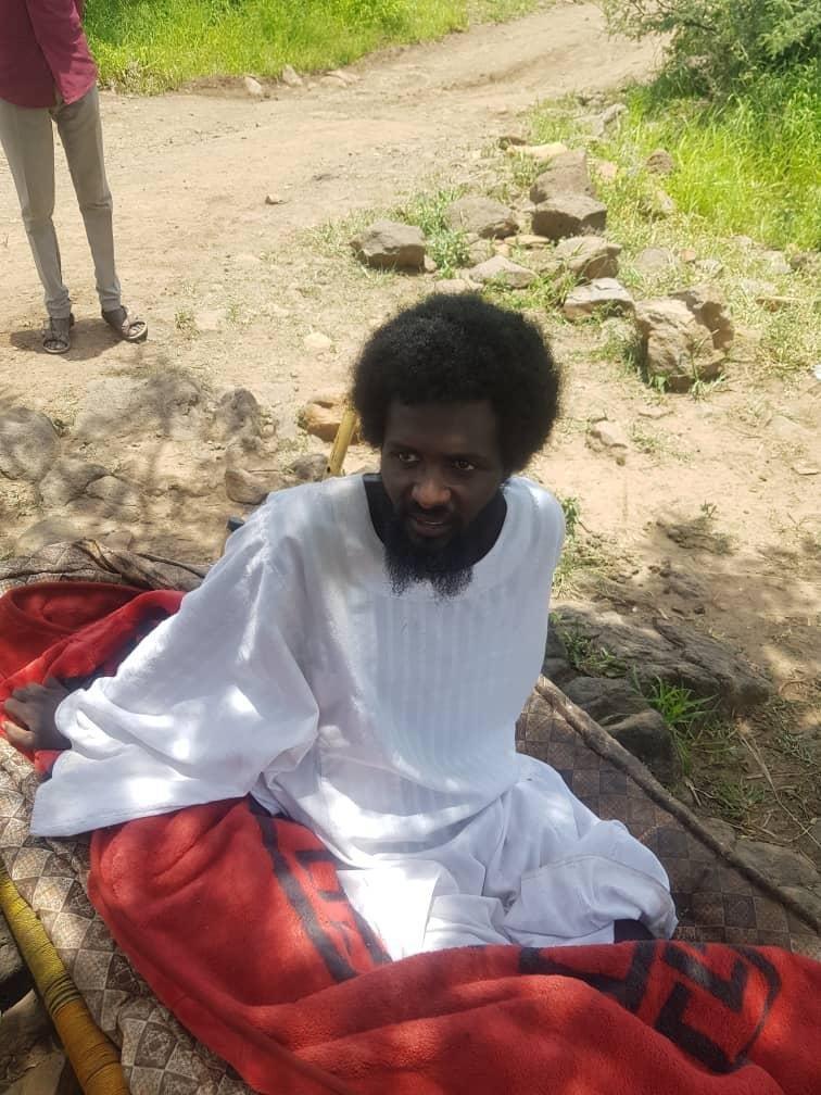 هيئة محامي دارفور تشيد باطلاق حركة عبدالواحد سراح أسير مصاب