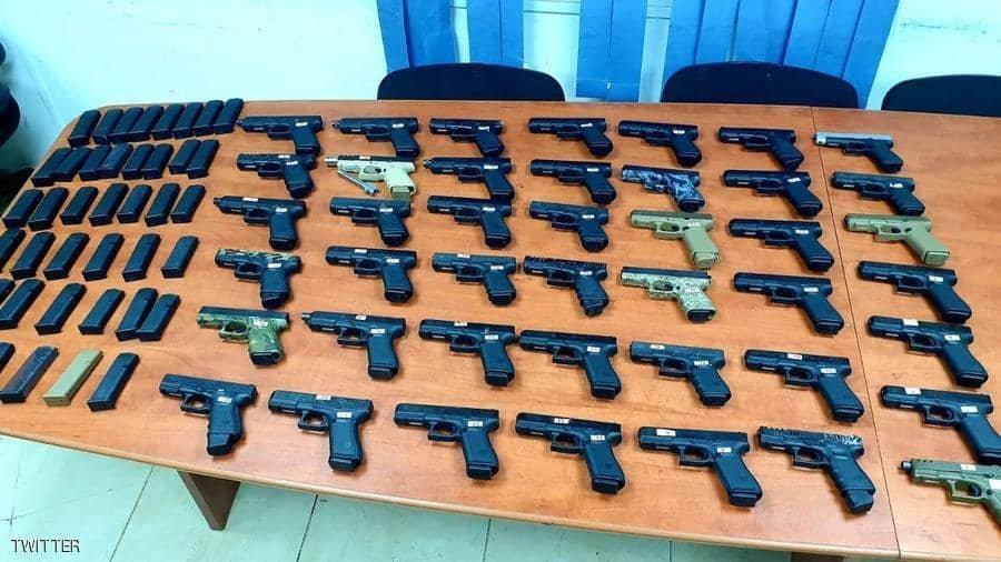 الشرطة تضبط خلية تسلح مواطني الخرطوم وتتاجر بالسلاح