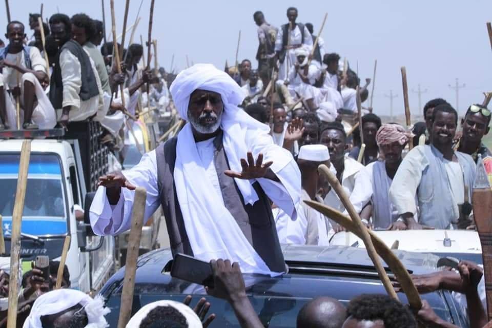 """""""ينتظر اتصال البرهان"""".. """"ترك"""" يطالب حمدوك بالتدخل منعا لتفاقم الأزمة بشكل أكبر"""