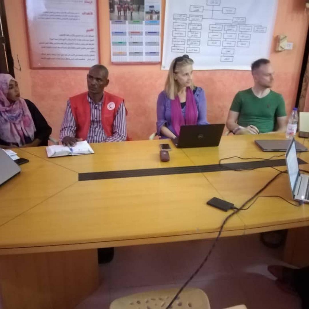 زيارات ميدانية من الصليب الأحمر الدينماركي للمهاجرين الأثيوبيين والأرتريين بالشمالية