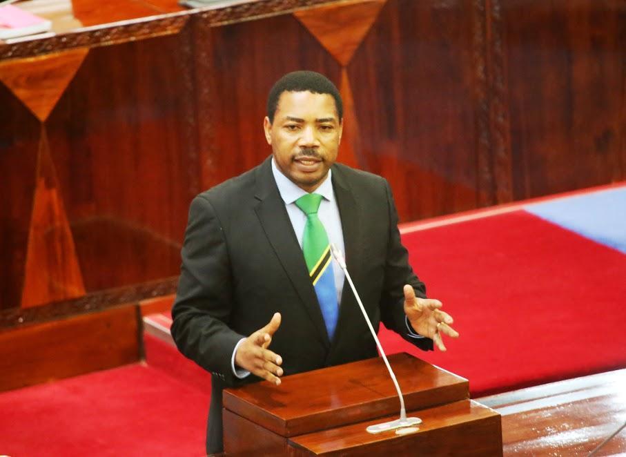 Govt deserves praise for plans to address virus economic wreck