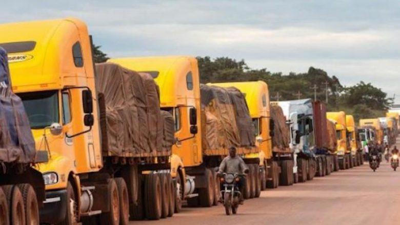 Les transporteurs tchadiens en colère contre la hausse des tarifs sur le corridor Douala-N'Djamena