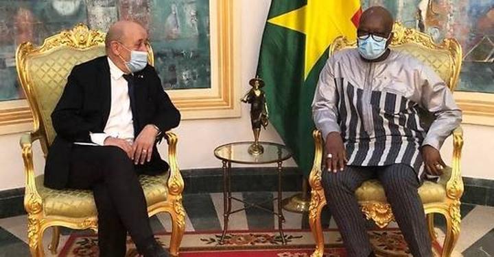 Sahel: Ouagadougou et Paris sur la même ligne
