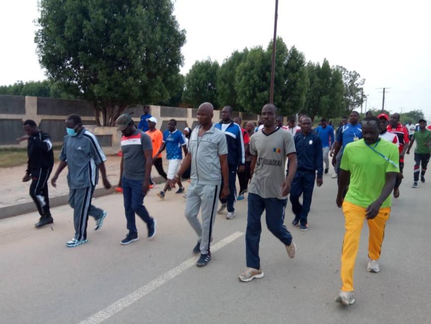une marche sportive de masse initiée à Abéché pour encourager l'activité physique