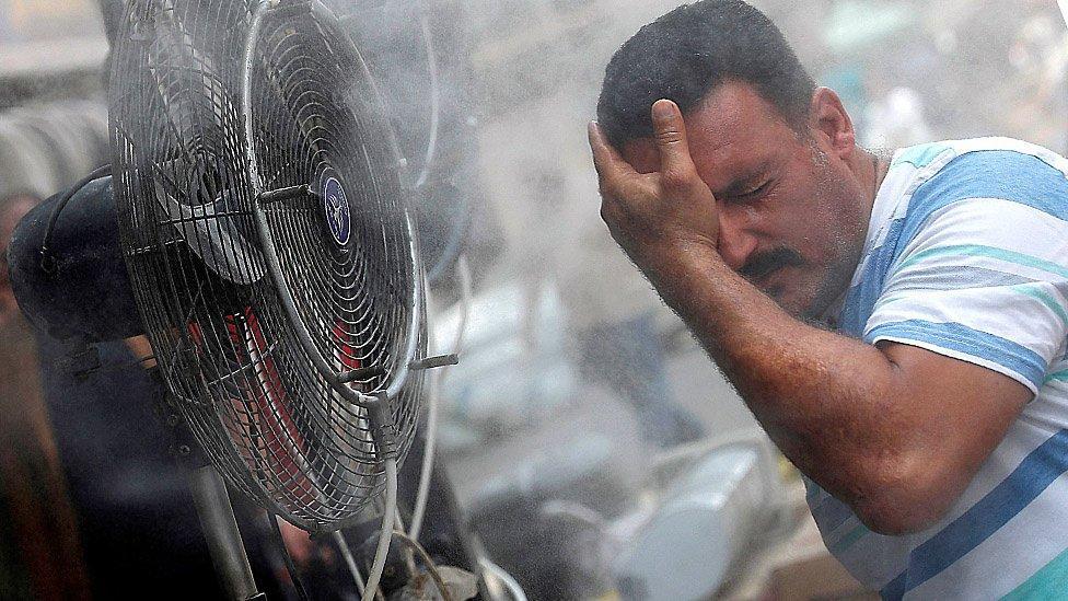 Réchauffement climatique : le nombre de jours à plus de 50°C est multiplié par deux dans le monde