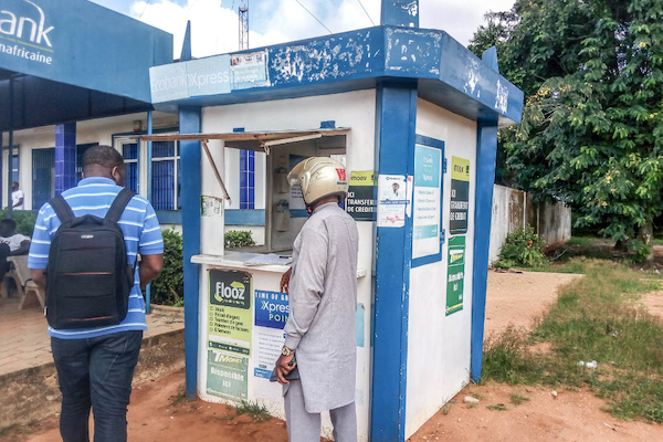 Au Togo, la quasi-totalité des banques sont désormais digitalisées
