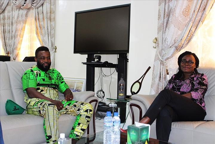 Communier autour du foot au Togo : Après Adebayor, la ministre Kama-Gumedzoe a échangé avec l'ex buteur des Eperviers, Cougbadja-Touré Kader