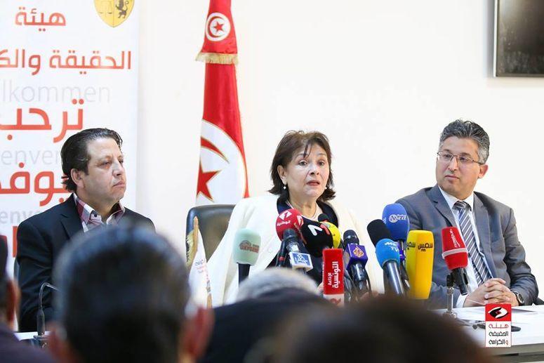 5 أعضاء من هيئة الحقيقة والكرامة يوجهون رسلة مفتوحة الى رئيس مجلس نواب الشعب