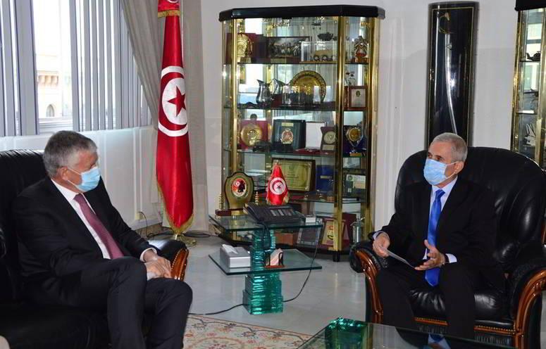 نحو مزيد دعم التعاون الثنائي العسكري التونسي الفرنسي