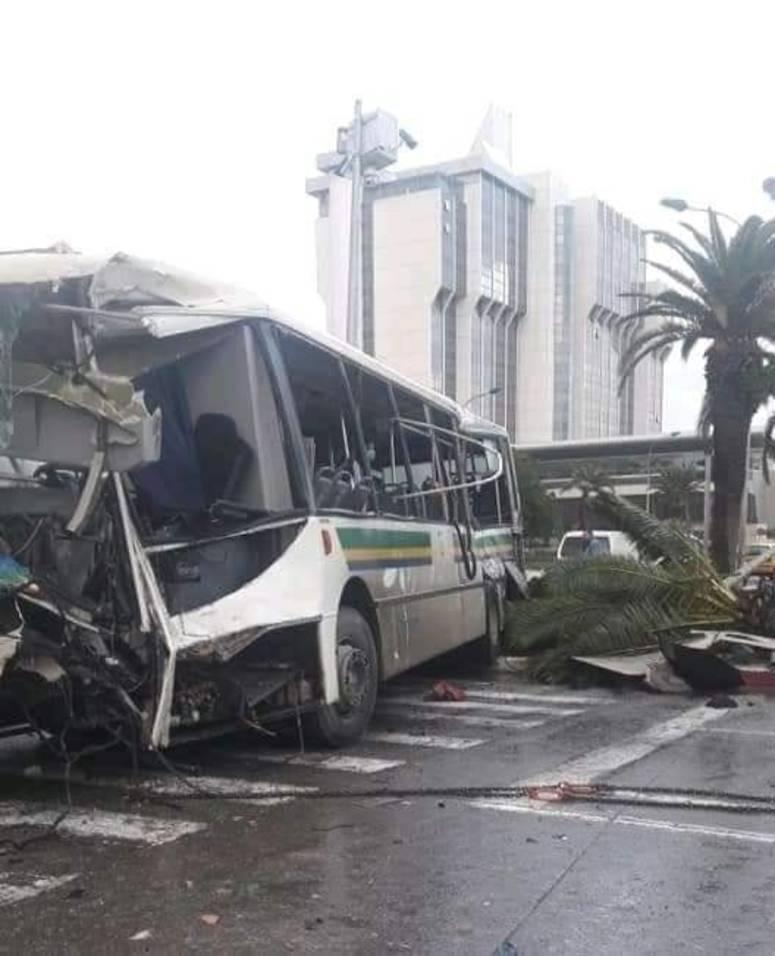 وزارة الصحة: 45 جريحا في حادث اصطدام حافلتين بالعاصمة