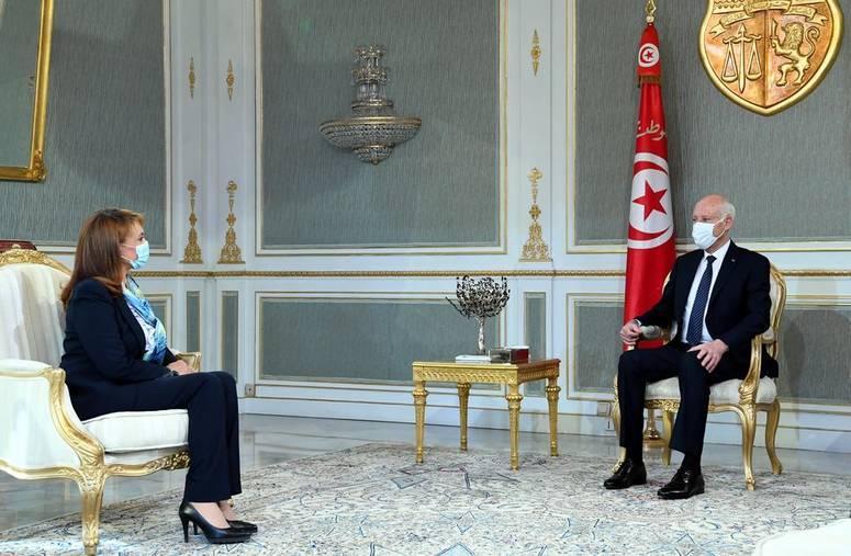 تحسين الخدمات الارتقاء بظروف عيش المتساكنين محور لقاء رئيس الجمهورية بشيخة المدينة رئيسة بلدية تونس