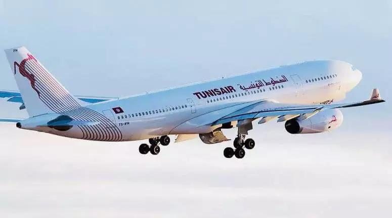 عودة طائرة متجهة نحو ليون أدراجها الى مطار تونس قرطاج نتيجة خلل فني طارئ