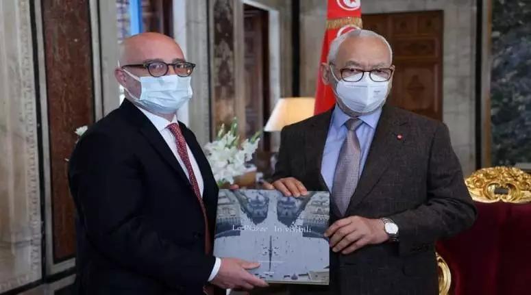 الغنوشي يستقبل سفير إيطاليا بتونس