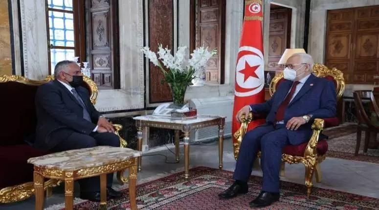 الغنوشي يستقبل سفير سلطنة عمان بتونس