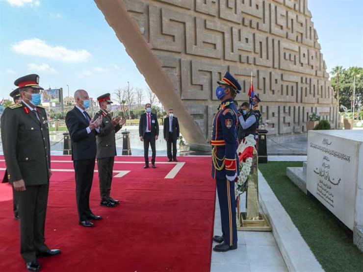 الرئيس التونسي يزور أضرحة عبدالناصر والسادات وقبر الجندي المجهول