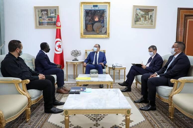 المشيشي يرحب بعقد مؤتمر دولي في تونس حول حرية التجمع السلمي وتكوين الجمعيات